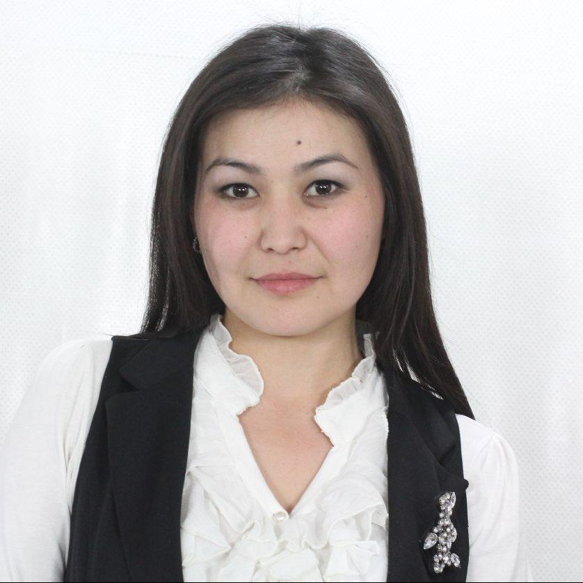 Загифа Мусабаева : музыкалык редактор, ди-джей