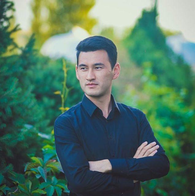 Марат Аширов : үн режиссёру